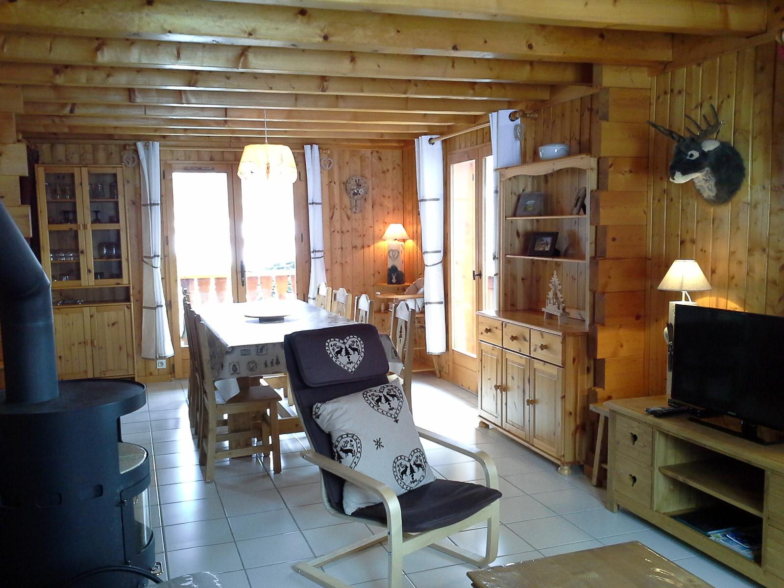s jour rez de chaussee chalet le savoyen. Black Bedroom Furniture Sets. Home Design Ideas
